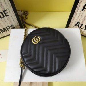 🌞NWT Gucci Marmont Round Zip Around Crossbody Bag